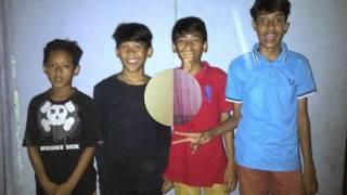 Video Gangsta Rasta - Langkah cover by Ilham Adi download MP3, 3GP, MP4, WEBM, AVI, FLV Februari 2018
