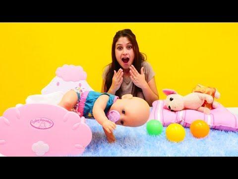 #Evcilikoyunu oyna. Ayşe ile #bebekbakmaoyunu 👶. Bebek Gül emeklemeye başladı 🏃!
