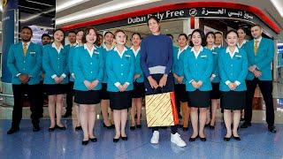 Muguruza picks out the perfect gifts on Dubai Duty Free shopping spree