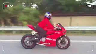 Download Video Fuyoo !! Awek Seksi Bawak Ducati Panigale 899   Merecik Hawau MP3 3GP MP4