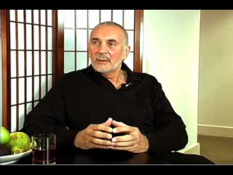 Frank Langella  23
