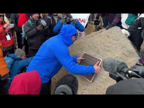 Iceland Holds Funeral for a Glacier
