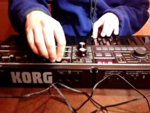 KORG microkorg Generate Minimoog sounds
