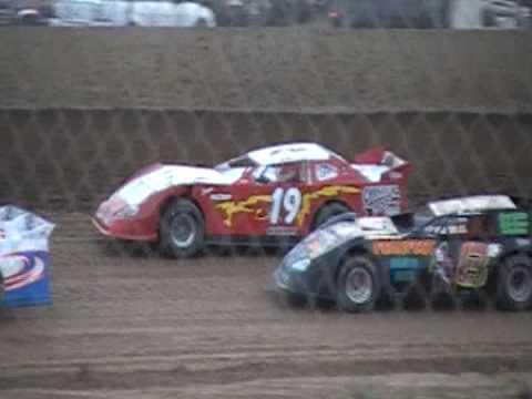 Lake Ozark Speedway heatrace 4/25/09