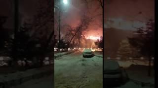 Ресторан горит в подмосковных Химках(В Московской области в городе Химки произошел крупный пожар. Об этом происшествии пишет ТАСС. Как сообщил..., 2017-01-05T04:03:20.000Z)
