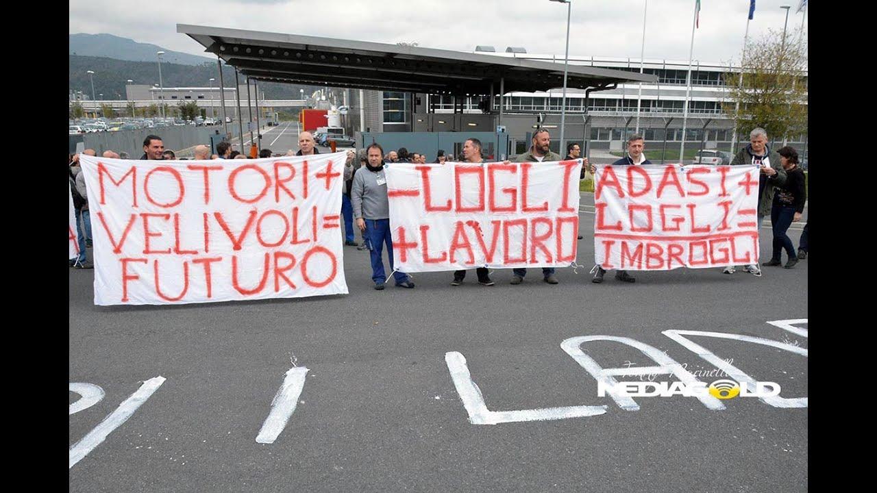 A Villanova d'Albenga i lavoratori Piaggio in sciopero: video #1