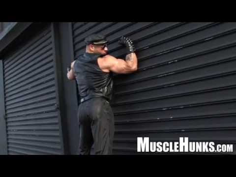 Muscle Stud Invites You To His Hotel Room from YouTube · Duration:  2 minutes 9 seconds
