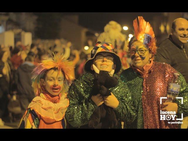 Vídeo: ...y también pasamos a ver la Cabalgata Solidaria de los Borriquillos, en el Valle