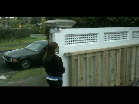 See How The Sliding Driveway Gate Works Youtube