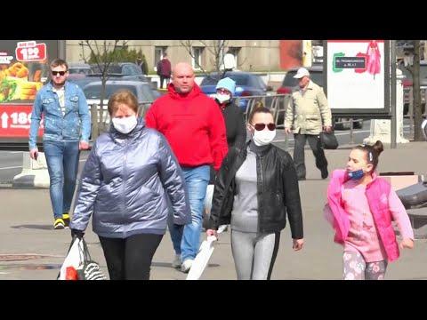 В Белоруссии скорость распространения коронавируса резко увеличилась.
