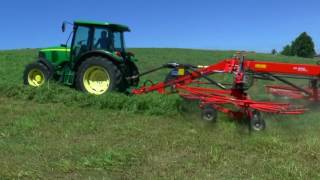 Pokaz sprzętu rolniczego do zbioru zielonek