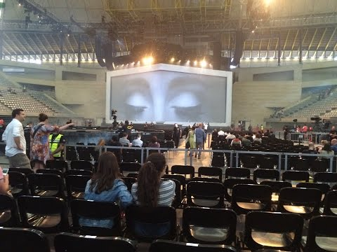 Hello - Adele (LIVE SPAIN BARCELONA MAY 24)