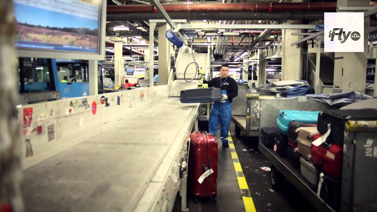 iFly TV: P&S Bagage Behind the scenes at KLM - YouTube