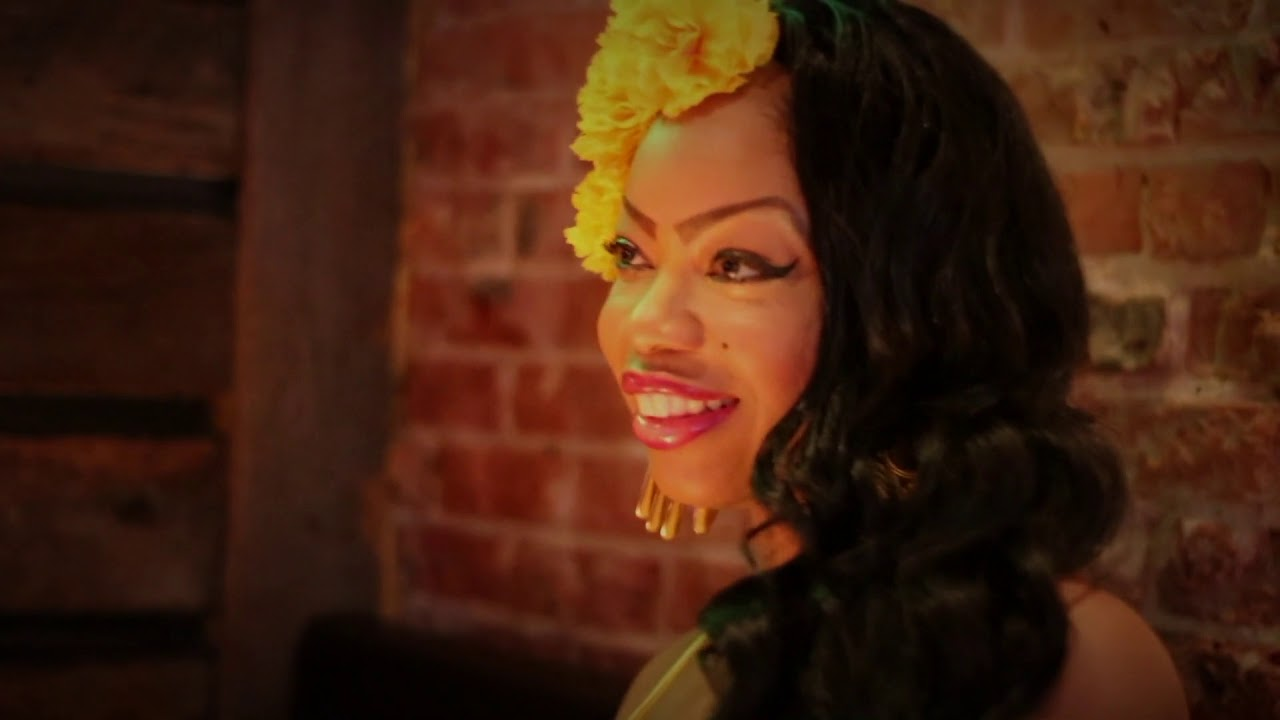 T-Breezy Feat LeRuz La Rose - Senorita Margarita (Official Music Video)