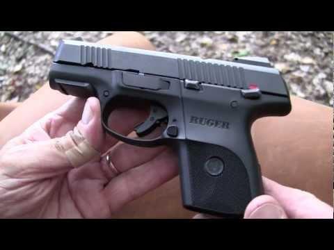Ruger SR40c (Close-up)