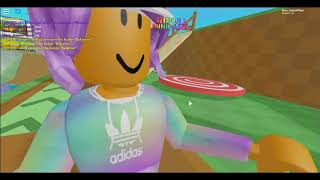 Sue randomly playing Roblox