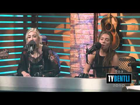 "Undeniable Artist Of 2019: Maddie & Tae Perform ""Die From A Broken Heart"" Acoustic"