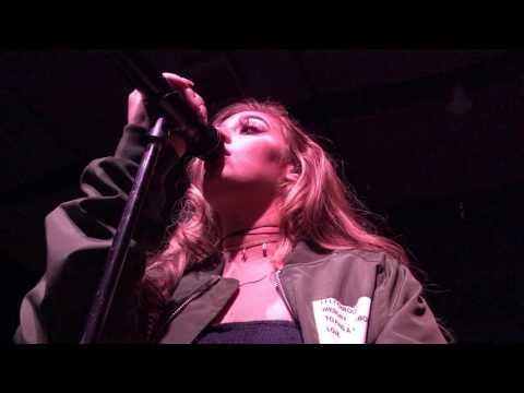 Alina Baraz - Electric [LIVE]