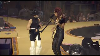 Prince Live - Play that funky Music - Hollywood Swinging - Fantastic Voyage  4/28/11