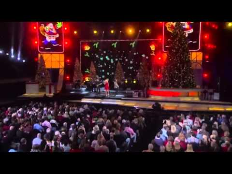 2012 CMA Country Christmas- Behind the Scenes