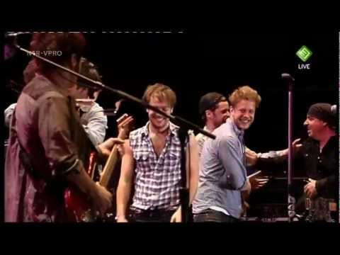Bruce Springsteen - Hungry Heart    [with Mumford and Sons]