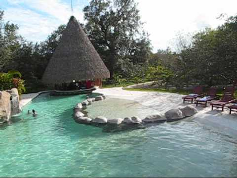 Ca on de la vieja lodge piscina youtube for Canon piscina