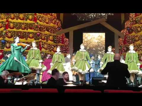 Singing Christmas Trees 2016