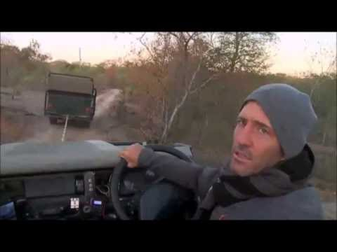 Safari Live : James and Dave being rescued by Wium and Bryan  ( Funny )  July 09, 2016