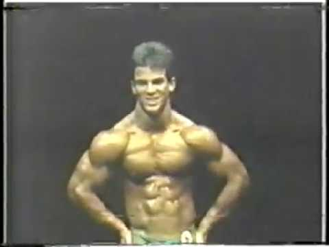 01 1988 16 yo bodybuilder Jorge Chic Betancourt 5 ft 6 in 146 lbs