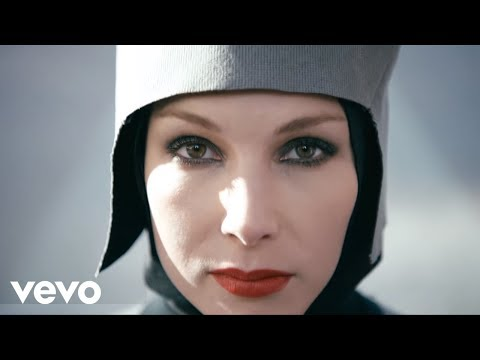 The Chemical Brothers - Go (Official Music VIdeo)