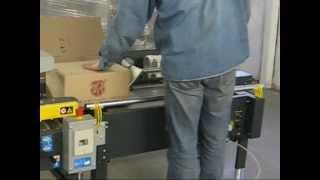 Линия упаковки продукции в гофрокороба SIAT(Работа компактной линии по упаковке продукции в гофрокороба. Состав: - полуавтоматический формовщик коробо..., 2010-11-10T12:52:36.000Z)