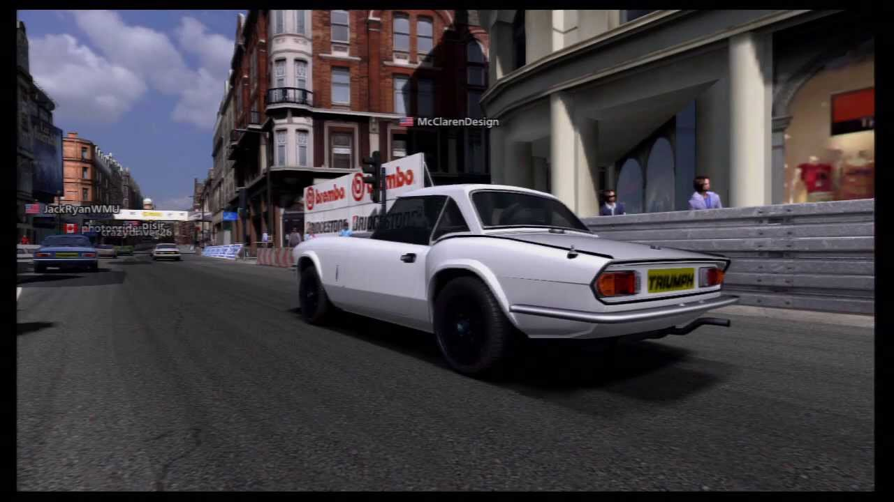 Triumph Spitfire 1500 - Car of the Week - Race 3: London - YouTube