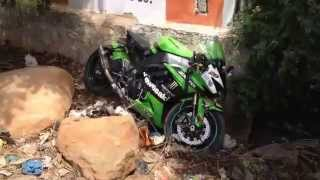 ZX10R Crash: Superbike Wheelie Fail(India)