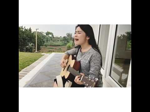 Prilly Latuconsina - Falling in Love (acoustic ver)