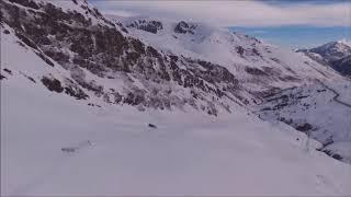 Pas de la Casa en Grandvalira, Andorra a vista de dron