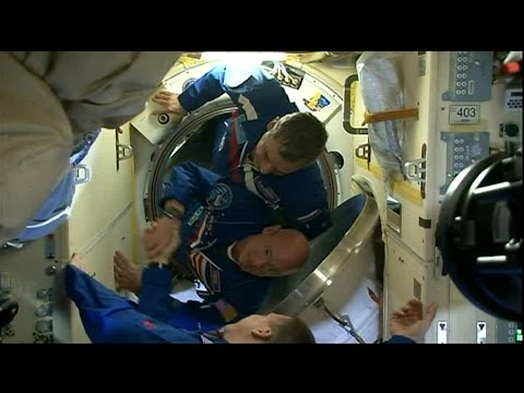Expedition 43 Crew Docks to the Space Station