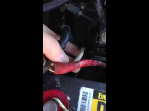 hqdefault split toyota tacoma fuse box to change fuse youtube 120amp fuse box at webbmarketing.co