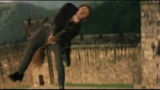 Hogwarts Lessons I - How to Ride a Broomstick