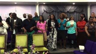 Hezekiah Walker & LFCC - Reunion Choir - Walk In The Light