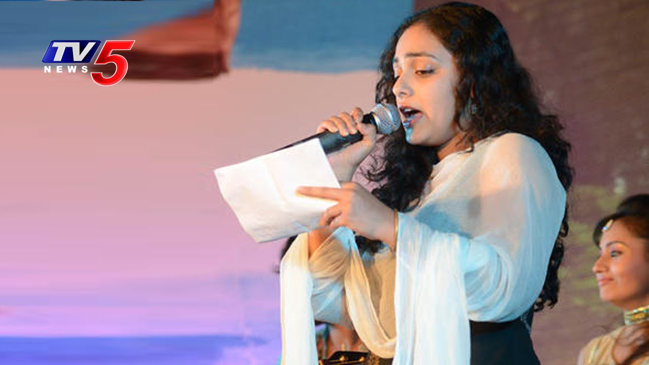 actress nitya menon sings lalijo song   nata mahasabhalu 2016   tv5