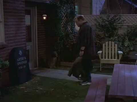 The King Of Queens Folge 20 Arthurs Grabstein