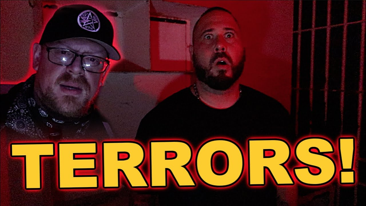 WARNING (REAL POLTERGEIST IN HAUNTED PRISON) DO NOT COME ALONE! EXTREME PARANORMAL ACTIVITY!!