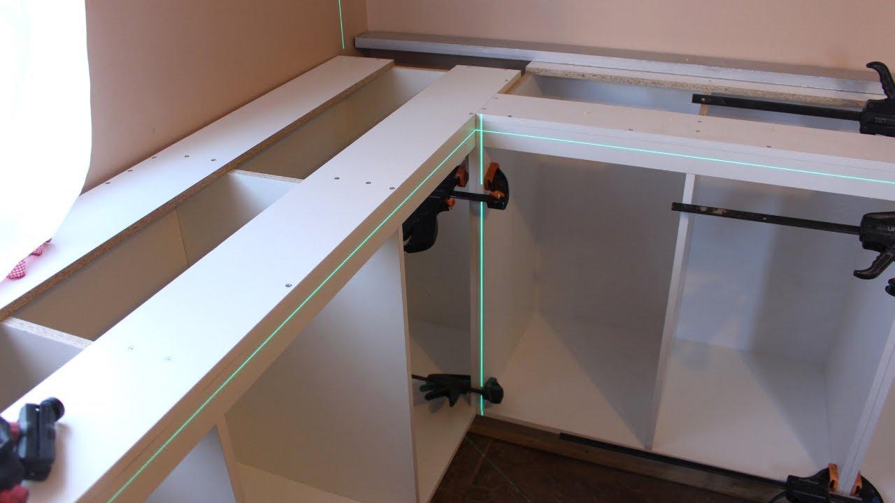 Instalación y nivelación de zocalos (bases) para muebles de cocina