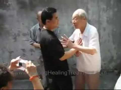 Bagua qi projection (94 years old master)