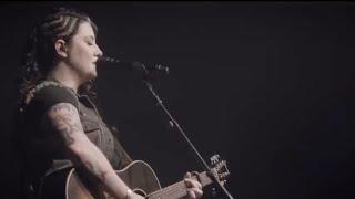 ashley-mcbryde---girl-goin-nowhere-live-at-marathon