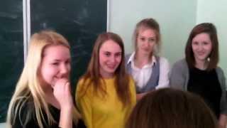 Развлечение на перемене жесть я долго угорал )))) просто слушайте до конца