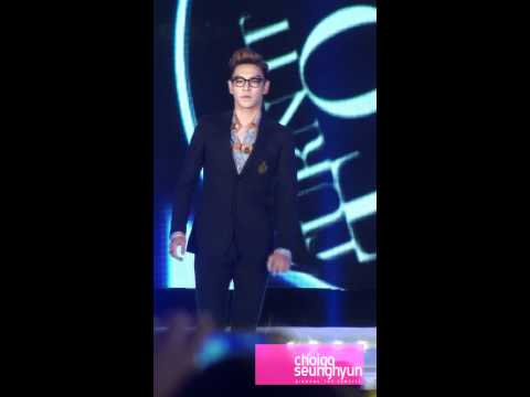 111028 hallyu beach concert - Turn it up - ver2(BIGBANG TOP solo).avi