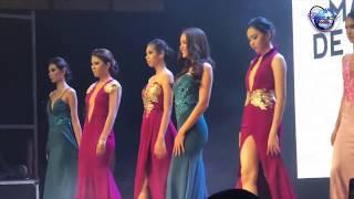 Catriona Gray on the runway of Centrio Ayala Mall Fashion Summit!