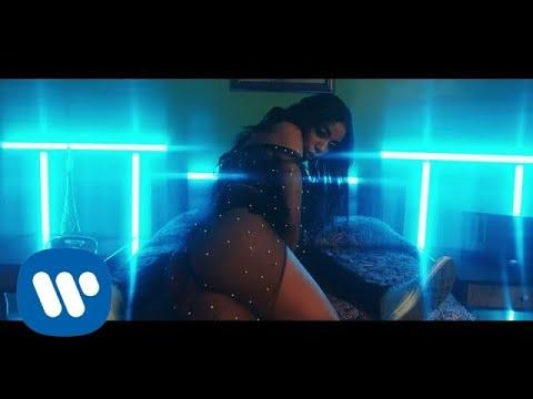 Смотреть клип Ayanis - One Night Feat. Wiz Khalifa
