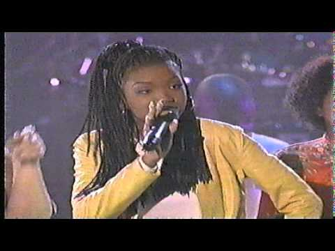Brandy  - Performing Best Friend Live - City Kids All Star Celebration